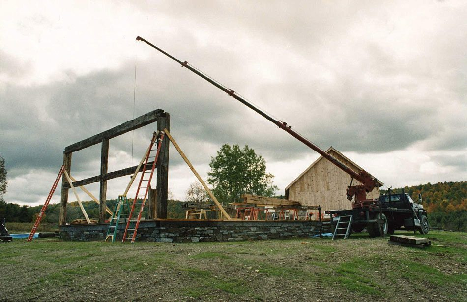 Scottish Barn being reassembled, 2003, Photograph Constance Kheel